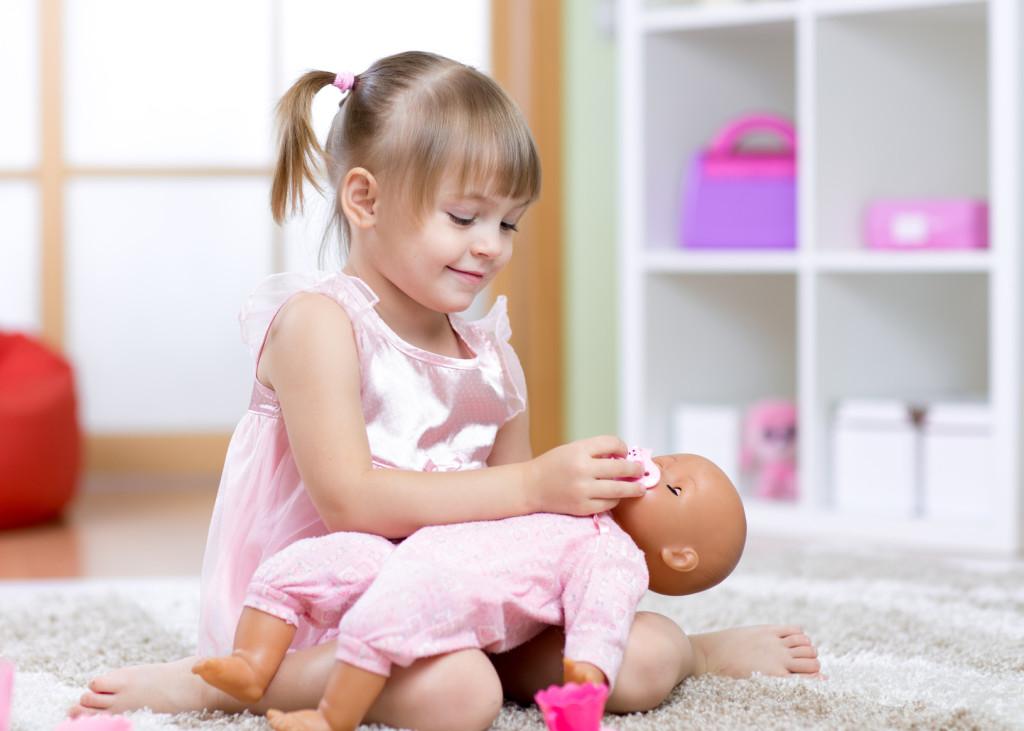 Lalka - prezent dla dziecka - jak wybrać?